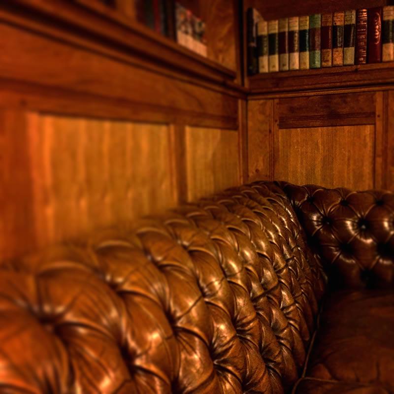 Bar Sofa @ Corners